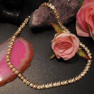 Beautiful Swarovski crystal gold necklace